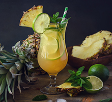 Cocktail Prosecco e Ananas con iN's